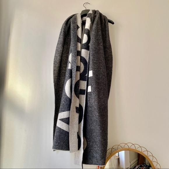 ACNE STUDIOS Toronty jacquard logo scarf